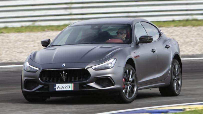 Maserati Ghibli Trofeo, grinta V8