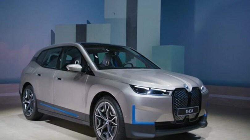 BMW iX: il primo SAV elettrico