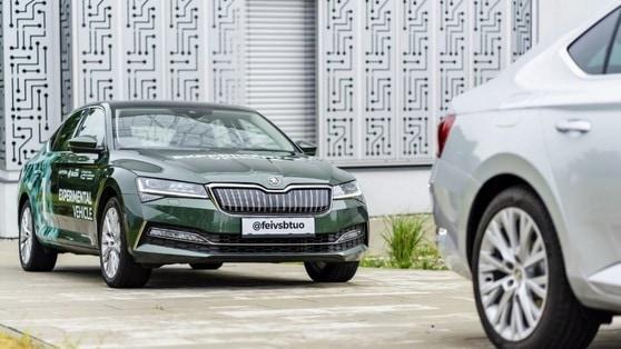 Skoda, nasce l'auto a guida autonoma per seguire i veicoli