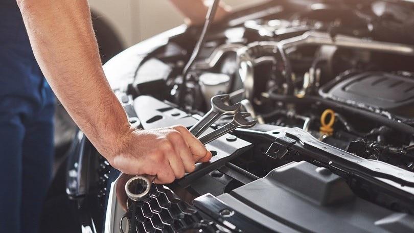 Auto, manutenzione quanto mi costi!