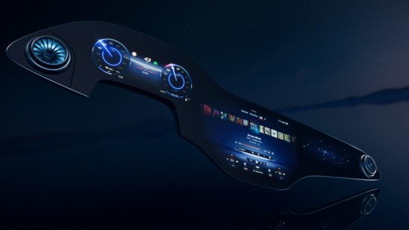Mercedes MBUX Hyperscreen, l'infotainment Zero Layer è la plancia