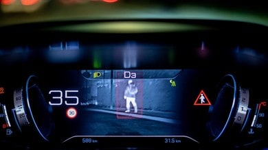 Peugeot Night Vision, il Leone vede di notte