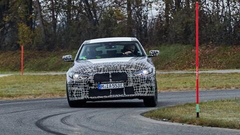 BMW i4, i muletti: foto