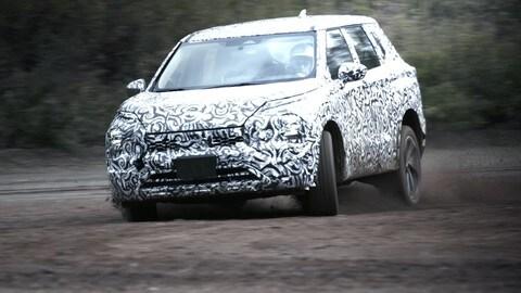 Mitsubishi Outlander, ultimi test per la nuova generazione
