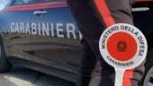 Forza l'alt dei Carabinieri su una Lancia Delta, arrestato nel bergamasco