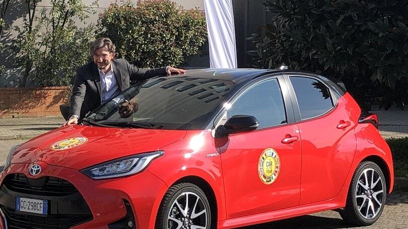 Toyota, che festa per la Yaris Car of the Year 2021