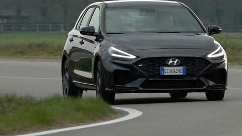 Hyundai i30 Hybrid T-GDi, prova su strada
