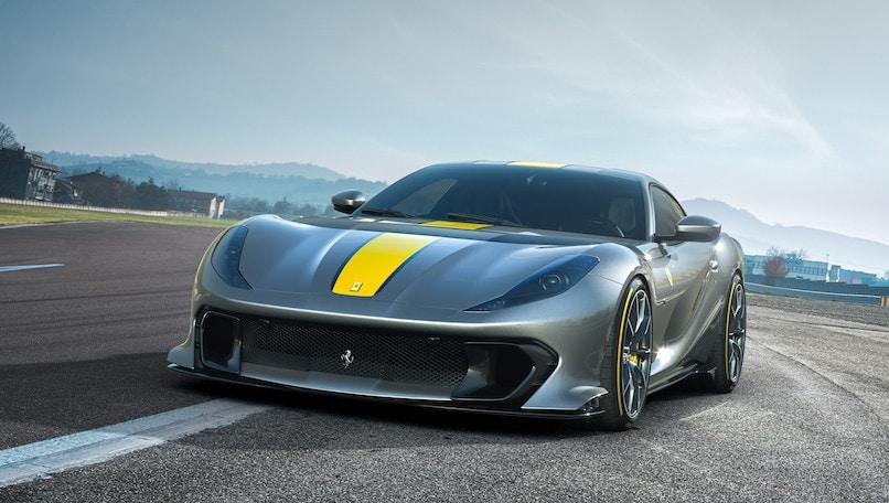 """Ferrari 812 Versione Speciale, è super V12 sulla """"Imola"""""""