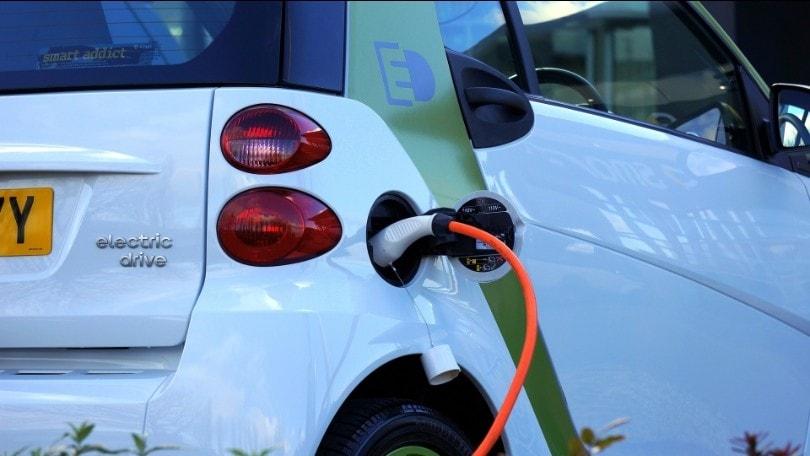 Recovery Plan: auto elettriche, colonnine e mobilità sostenibile