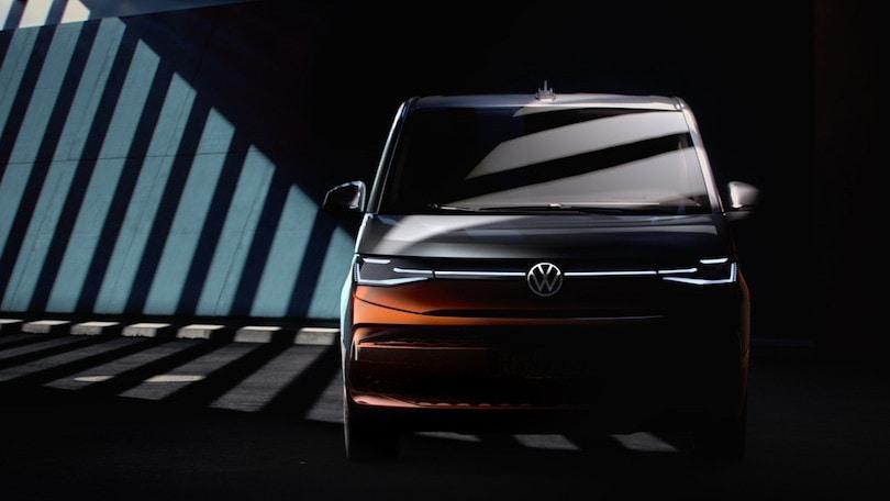 Volskwagen Multivan, più spazio con il cambio DSG a impulsi elettrici