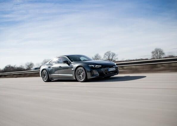 Sul prossimo numero di Auto: Audi RS e-Tron GT, emozione elettrica