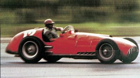 12 cilindri Ferrari, storia di 74 anni