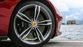 Ferrari Purosangue, il Suv continua lo sviluppo mascherato