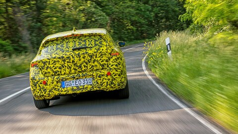 Nuova Opel Astra: il prototipo