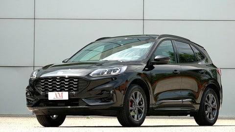 Ford Kuga 2.5 full hybrid, la prova