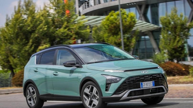 Hyundai Bayon, come va su strada il crossover compatto