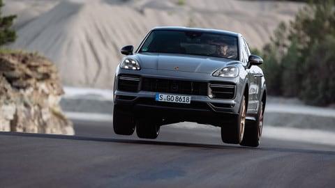 Porsche Cayenne Turbo GT, la prova in pista