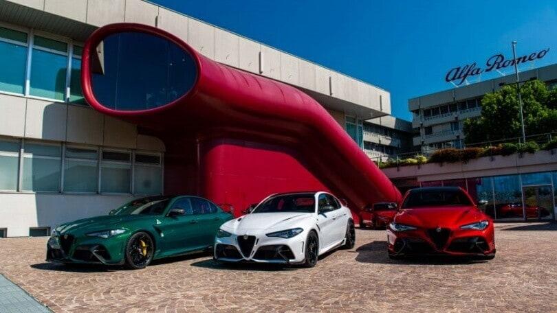 Stellantis, Tavares annuncia: Alfa Romeo completamente elettrica dal 2027