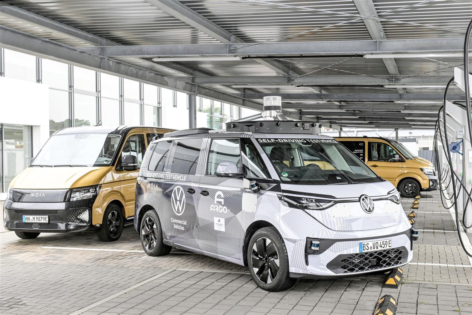 VW all'ITS di Amburgo presenta soluzioni di mobilità intelligente e autonoma