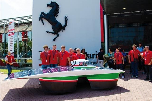 Onda Solare, Emilia 3 lancia la sfida in Australia, nel team c'è anche Ferrari