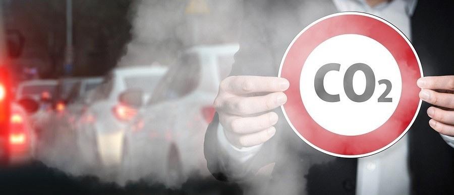 Multe CO2 auto: l'UE sanziona l'automotive europeo per 14,5 miliardi